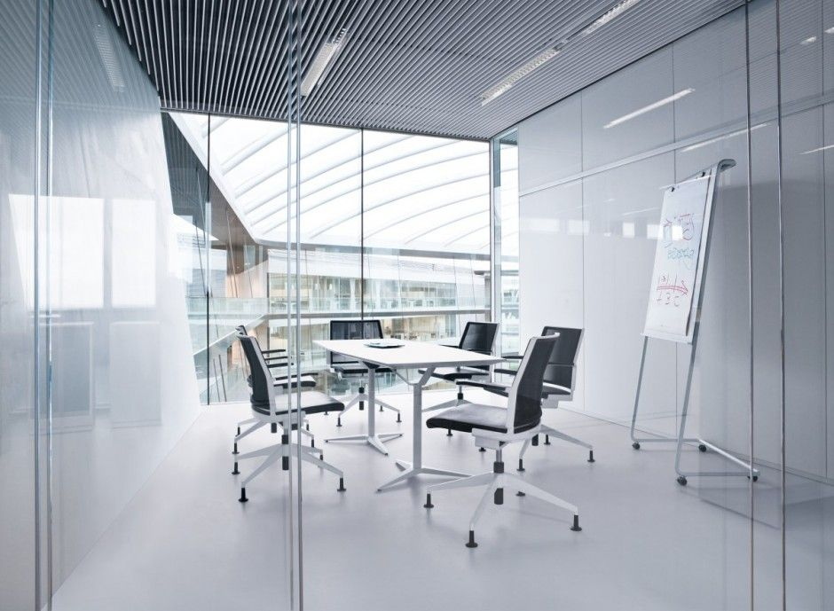 Thiết kế vách kính văn phòng cao cấp Quận Bình Tân
