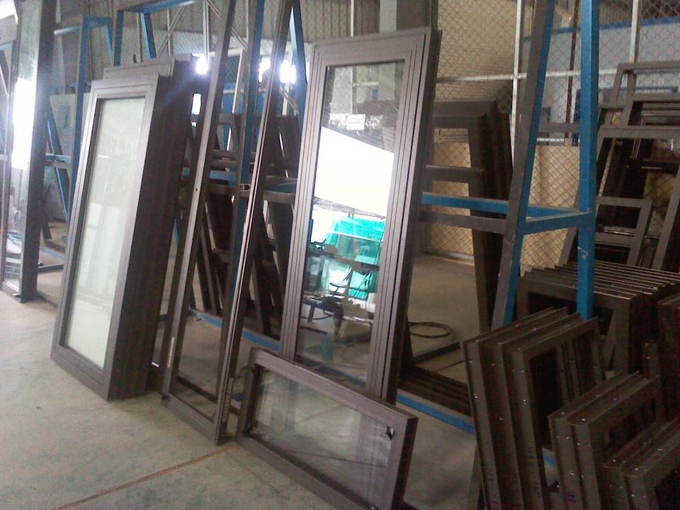 Thi công lắp đặt cửa nhôm xingfa Quận Bình Tân