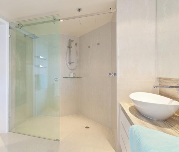 Phòng tắm kính MV - 05
